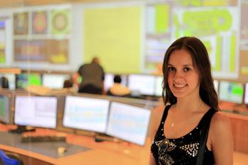 350-inline-4-STEMWomen-DiasFlavia_ATLAS_ControlRoom_CERN.png