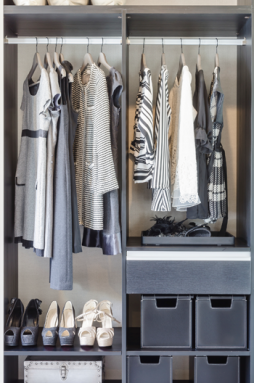 350-inline-closet-clothing-iStock_58827256_LARGE.png