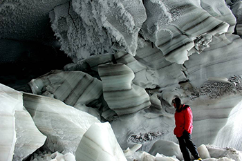 350_glacial_ice_layers_MartinSharp.png