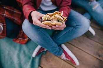 350_hamburger.jpg