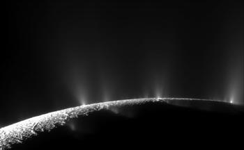 350_inline4_enceladus_crack_eruptions.png