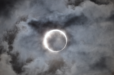 370_japan_eclipse_safe_viewing.png
