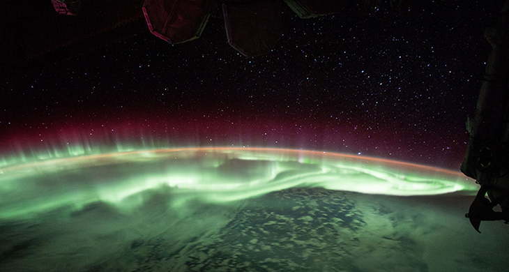 730_inline_earth_aurora.png