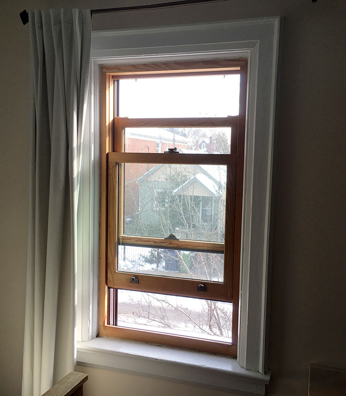 a photo of a sash window